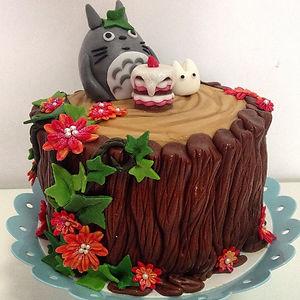Adorable Totoro Cakes (11)