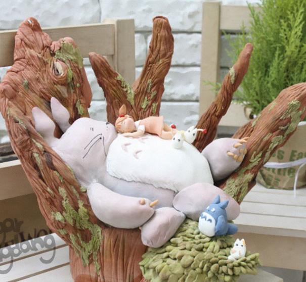 Adorable Totoro Cakes (8)