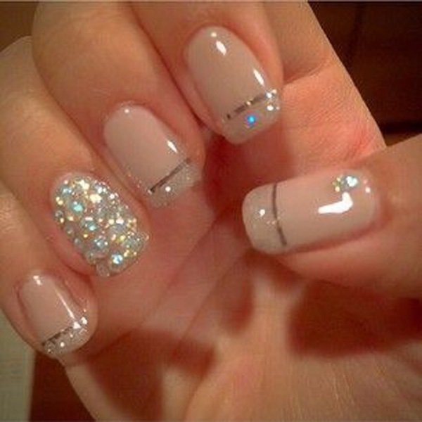 Lovely Metallic Nail Polish Ideas (47)
