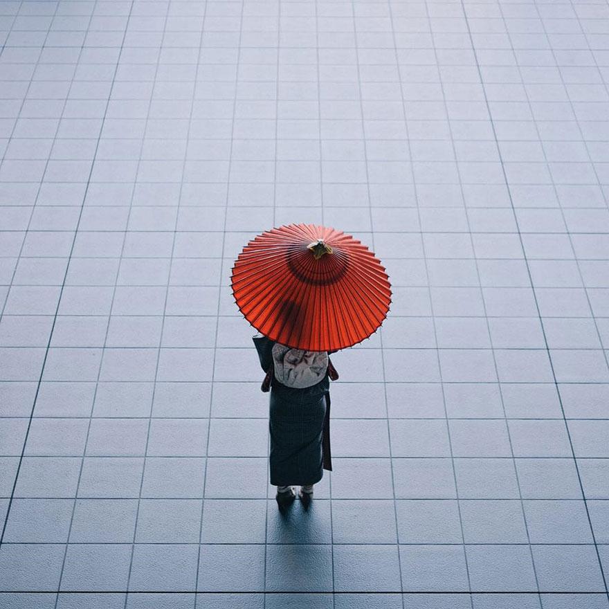 Beautiful Japanese Street Photography by Takashi Yasui (15)