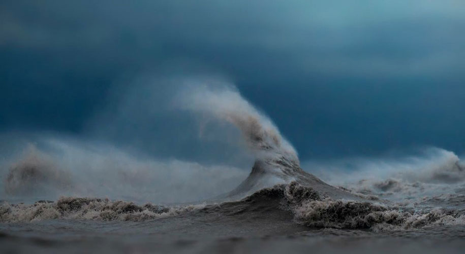 Stunning Wave of Lake Erie Pictures (10)