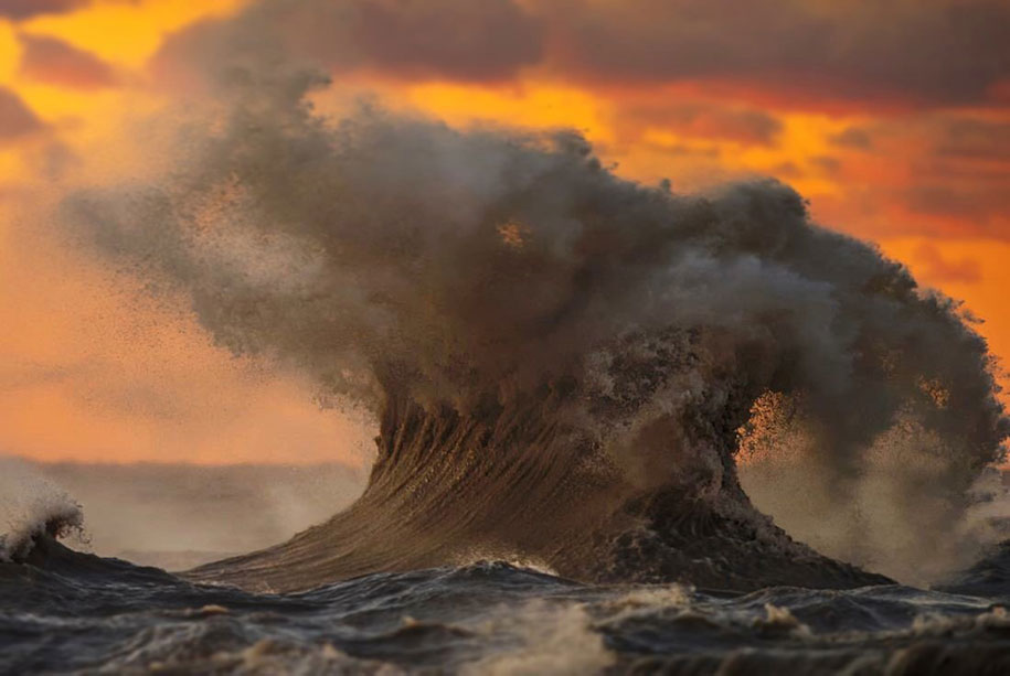Stunning Wave of Lake Erie Pictures (11)