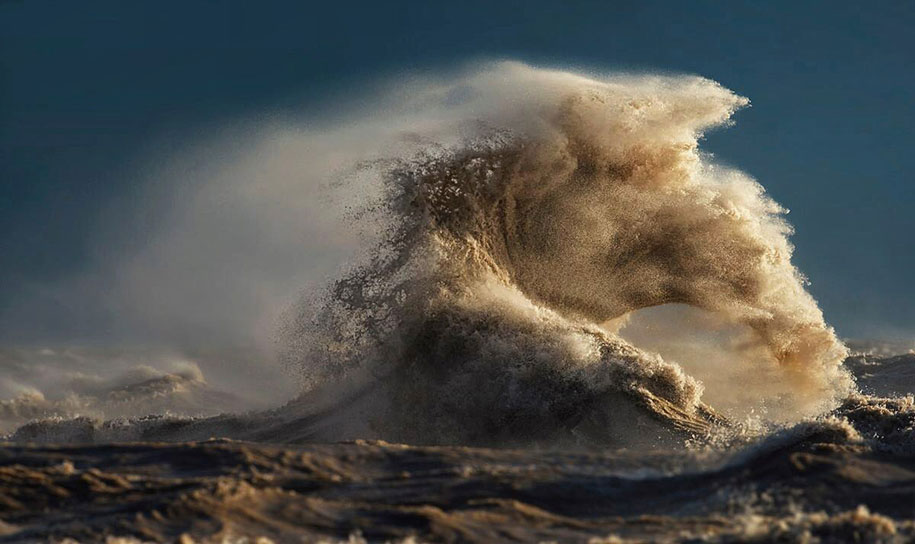 Stunning Wave of Lake Erie Pictures (2)