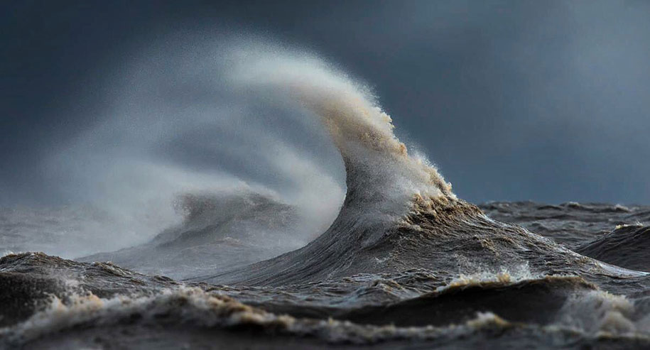 Stunning Wave of Lake Erie Pictures (4)