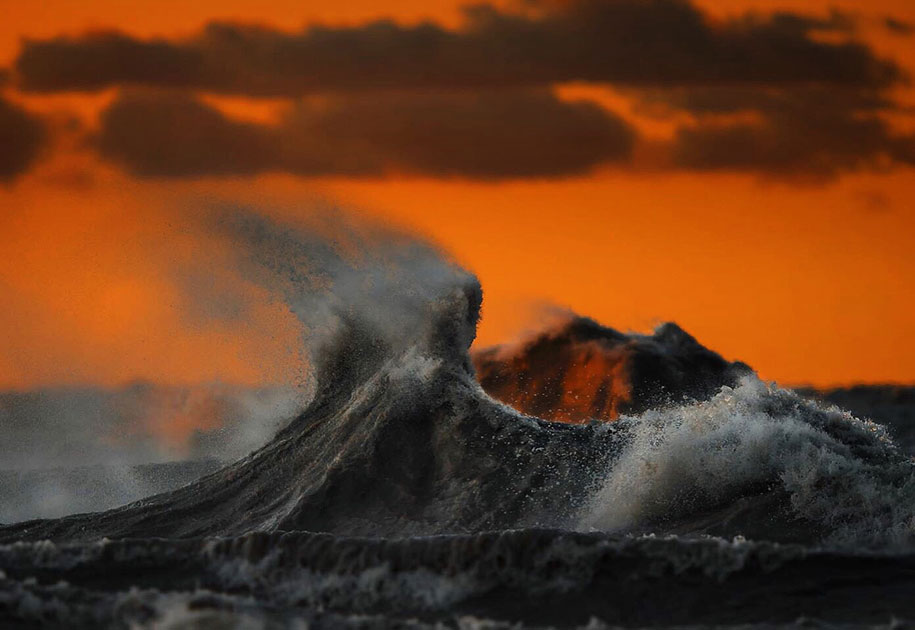 Stunning Wave of Lake Erie Pictures (5)
