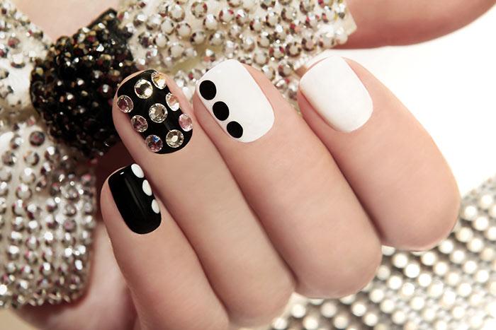 40+ Attractive Nail art designs (29)