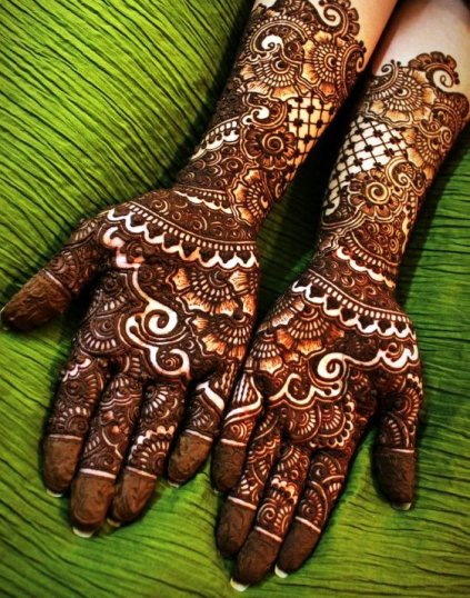 Beautiful Mehndi Designs (11)