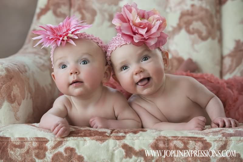 Cute Twin Babies Photos (10)