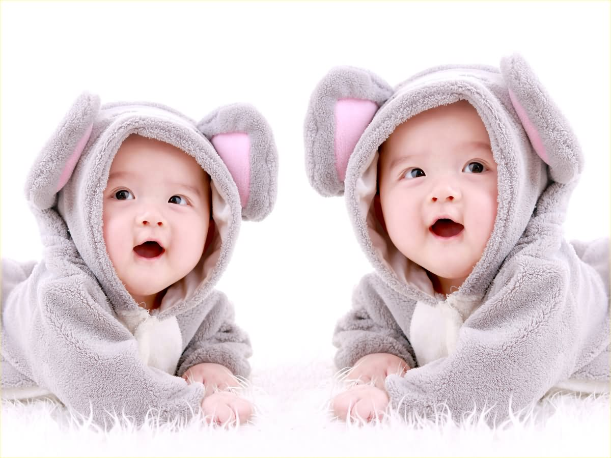 Cute Twin Babies Photos (17)