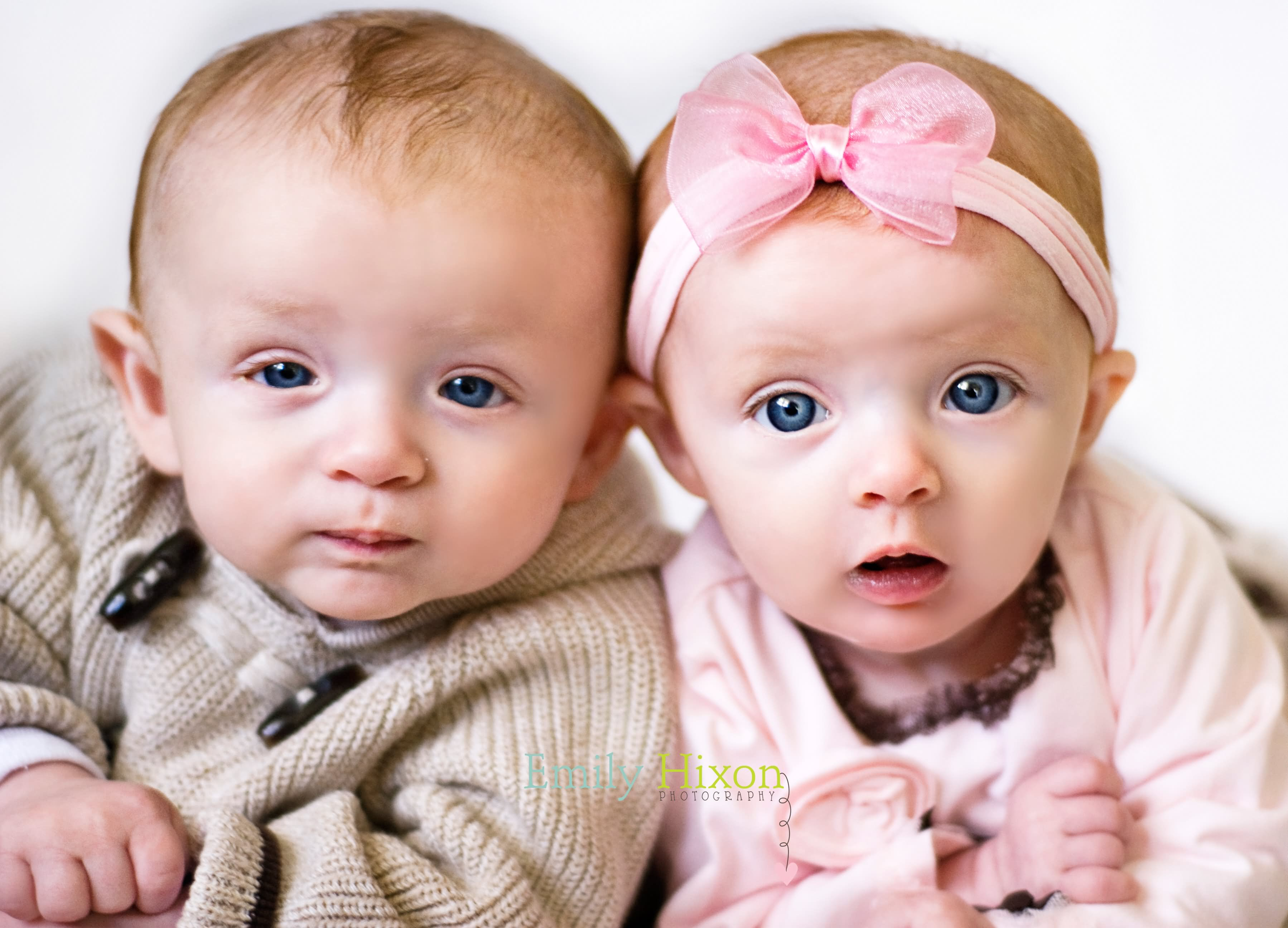 Cute Twin Babies Photos (6)
