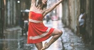 Dance Practicing In Cuba Streets of Ballet Dancers (21)