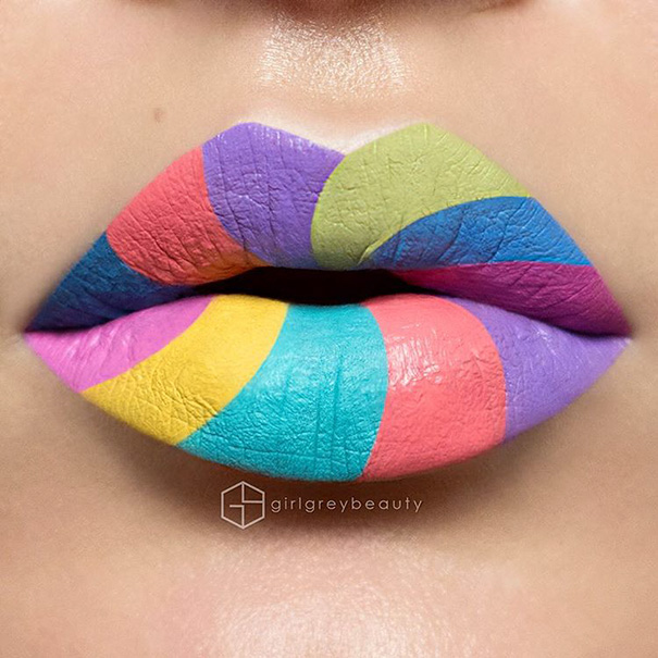 Incredible Art of Her Lips Making Makeup Artists (1)
