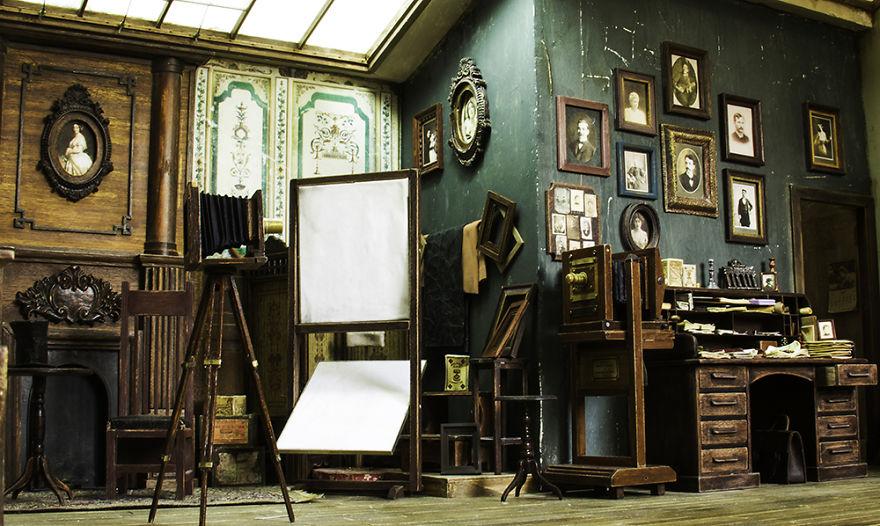 Alamedy Diorama Built A Miniature 1900s Photography Studio (12)