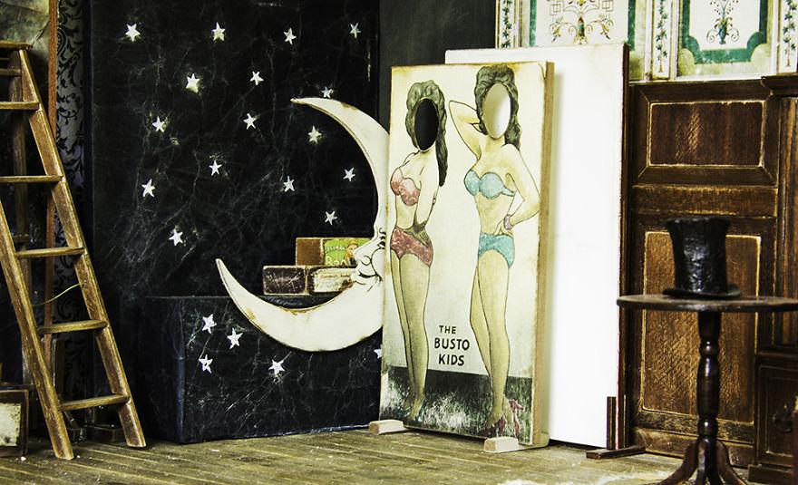 Alamedy Diorama Built A Miniature 1900s Photography Studio (7)
