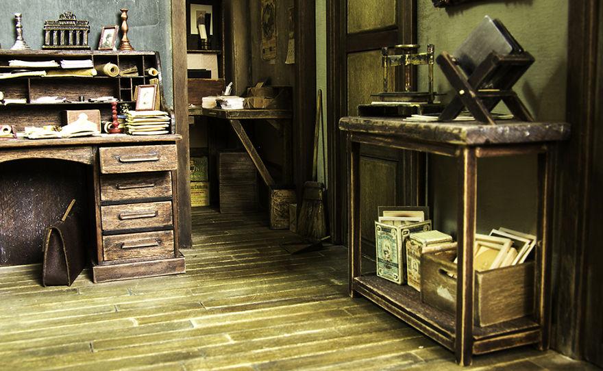 Alamedy Diorama Built A Miniature 1900s Photography Studio (9)