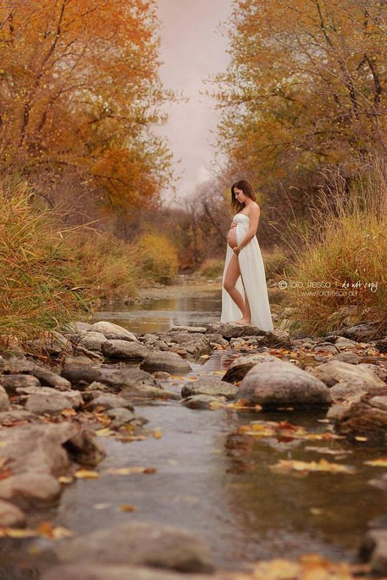 Beautiful Outdoor Maternity Photos (13)