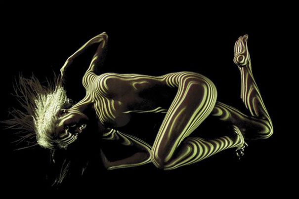 Photographer Clothes Nude Models In Lights And Shadows Creating A Surreal Effects (8)
