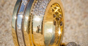 Stunning Wedding Photos Reflected On Rings  (4)