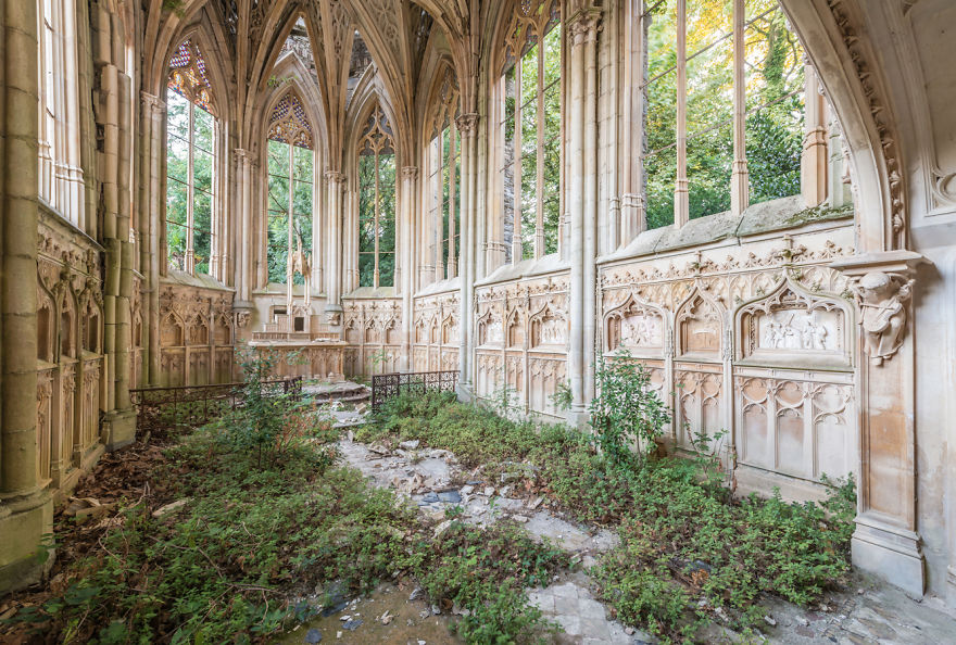 Abandoned Buildings Photography By Romain Veillon (6)