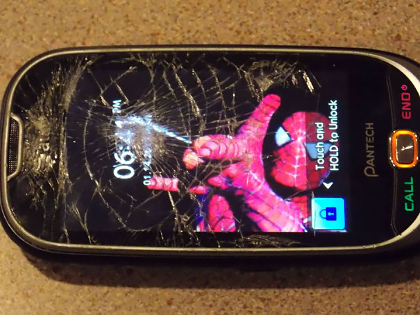 Cracked Phone Screen Funny Solution Wallpapers (25)