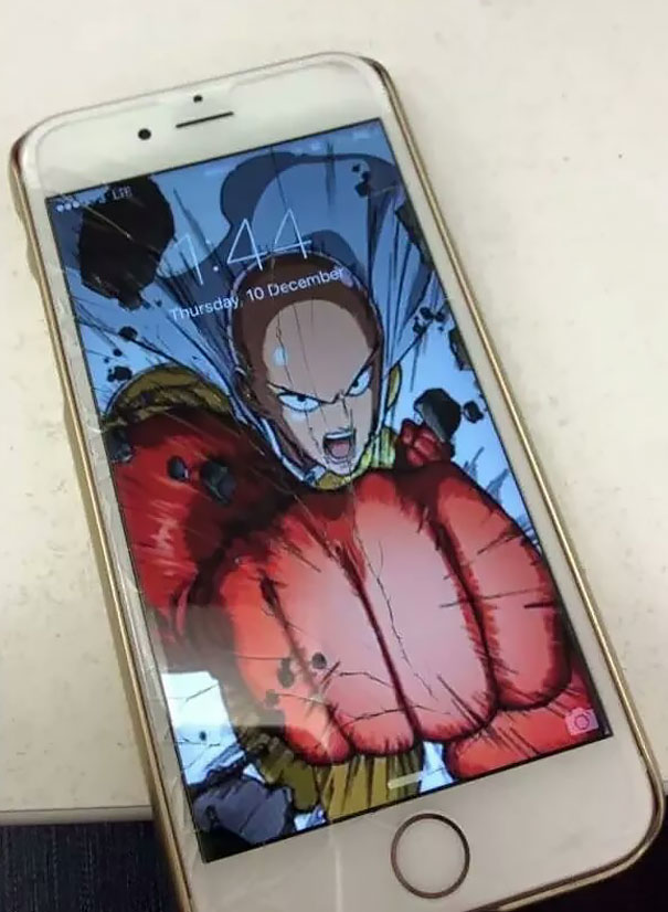 Cracked Phone Screen Funny Solution Wallpapers (32)