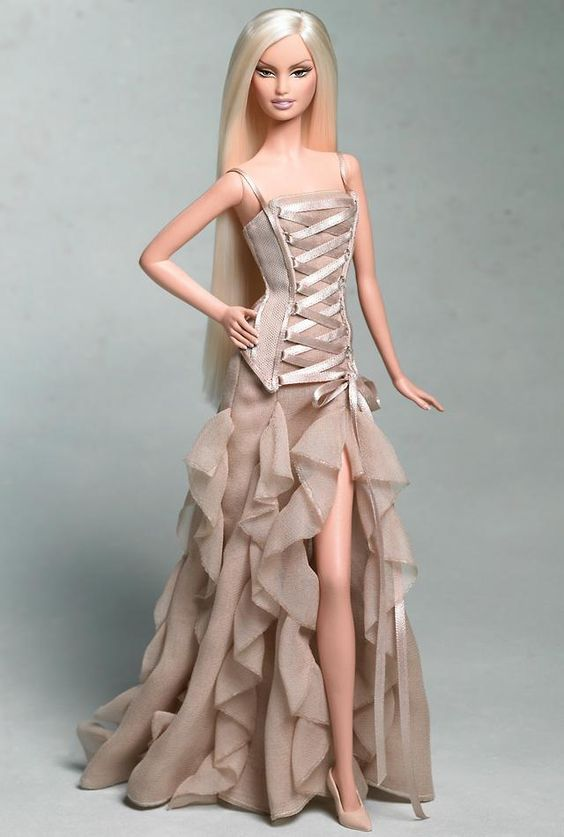 Cute Barbie Pictures (30)