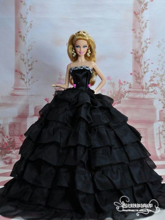Cute Barbie Pictures (4)