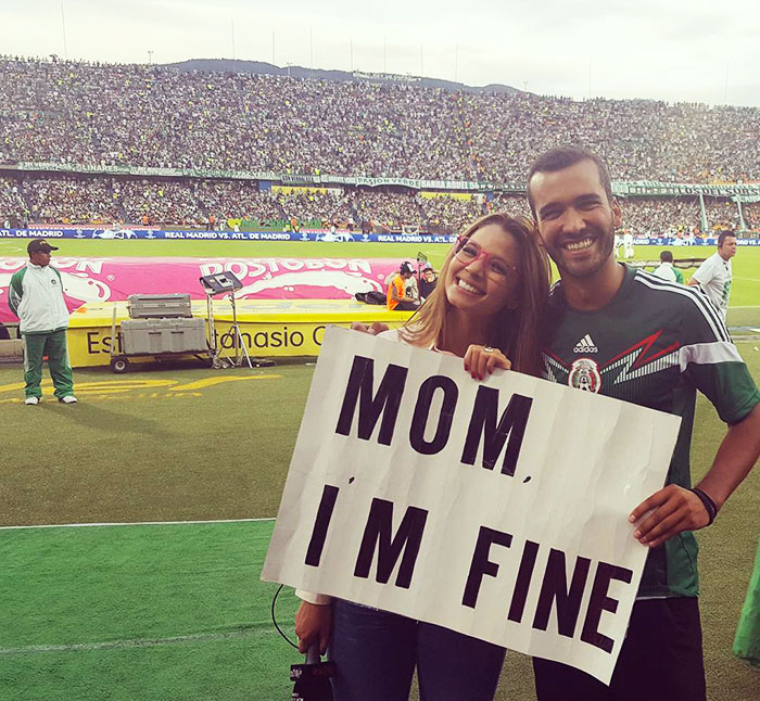 Guy Quit Everything To Travel The World But Doesn't Forget To Assure His Mom He's Fine (2)
