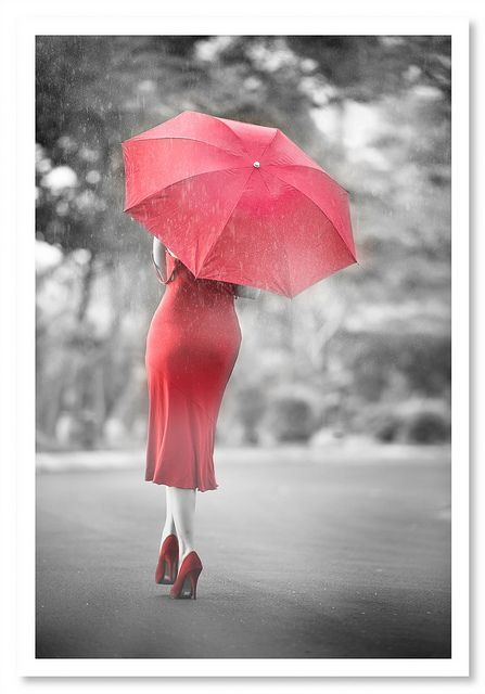 Pretty Girls Images In Rain (6)