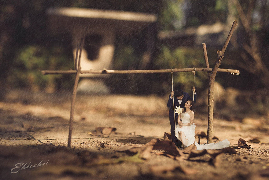 Clever Wedding Photographer Turns Couples Into Miniature People (6)