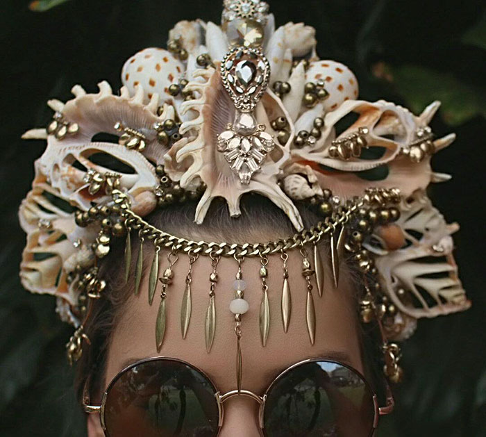 Mermaid Crowns With Real Seashells Photos (4)