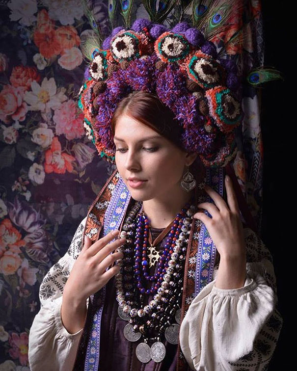 Modern Women Wearing Traditional Crowns Photography (23)