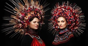 Modern Women Wearing Traditional Crowns Photography  (6)