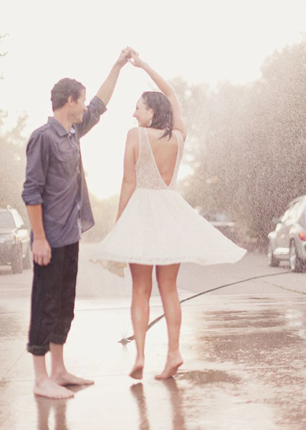 Romantic Couples Photography In Rain (20)