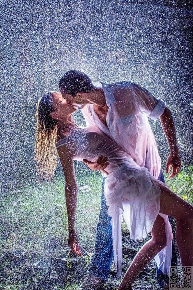 Romantic Couples Photography In Rain (38)