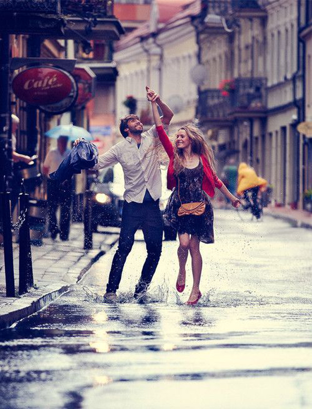 Romantic Couples Photography In Rain (52)