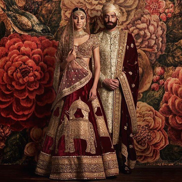 Traditional Wedding Outfits Look Around The World Photography