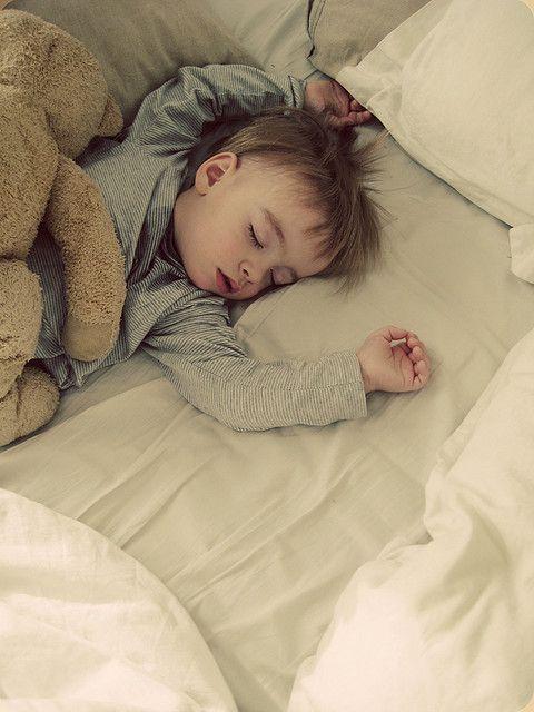 cute-baby-sleeping-images-22