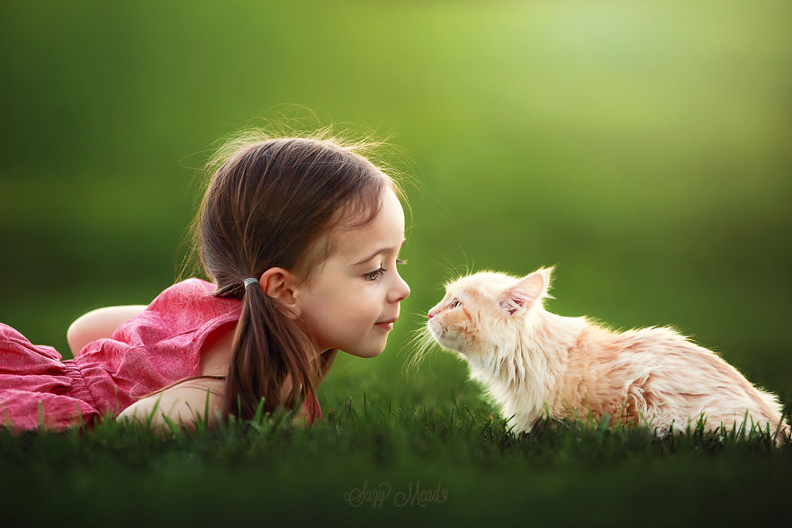 cute-photographs-that-show-special-bond-between-daughter-and-animals-1