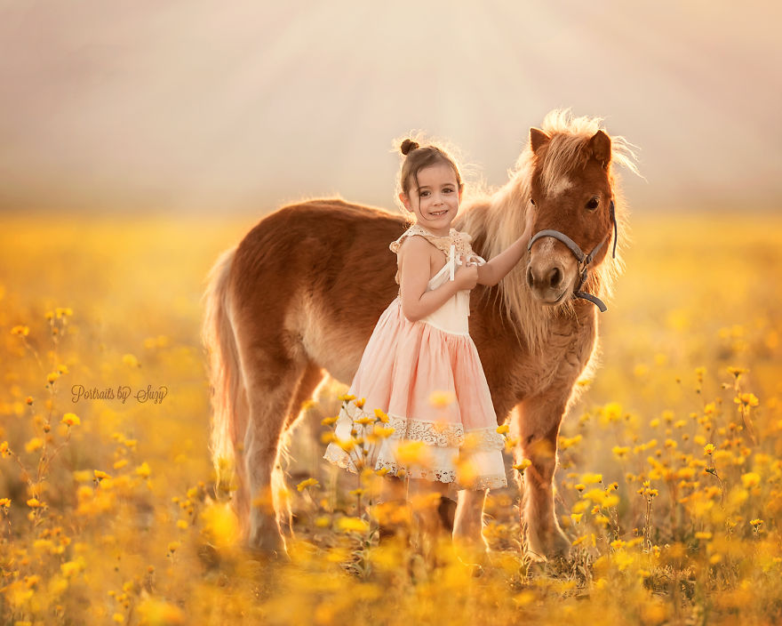 cute-photographs-that-show-special-bond-between-daughter-and-animals-8