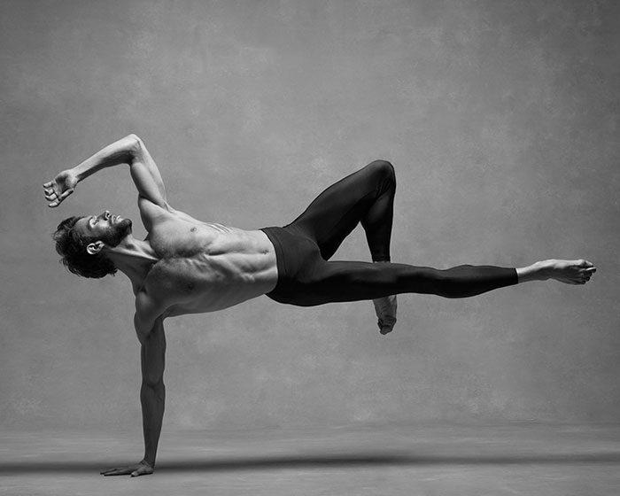 breathtaking-photographs-of-ballet-dancers-9