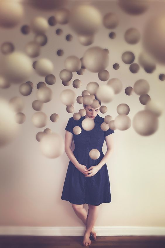 artists-surreal-photo-series-captures-her-struggle-with-insomnia-1