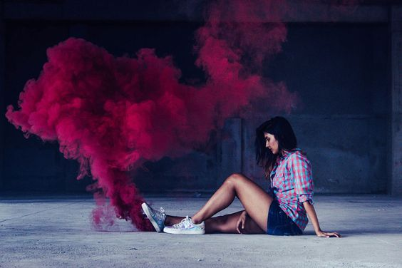coolest-and-smoke-bomb-photography-19