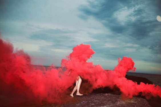 coolest-and-smoke-bomb-photography-22