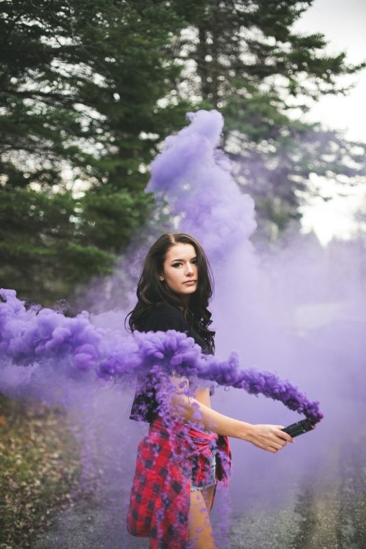 coolest-and-smoke-bomb-photography-25