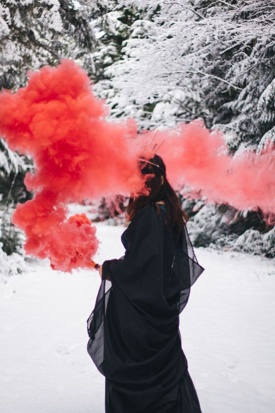 coolest-and-smoke-bomb-photography-7