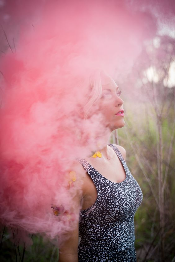 coolest-and-smoke-bomb-photography-8