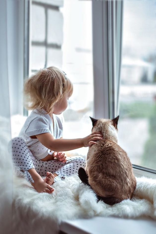 relationship-between-cute-baby-and-pet-18