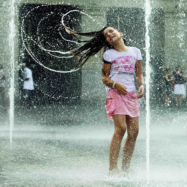 Cute Baby Enjoying Rain Images (5)