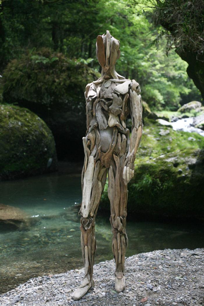 Бродит Коряги Лесные Духи Японский Скульптор (4)